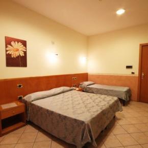 Hostels und Jugendherbergen - Hotel Zara