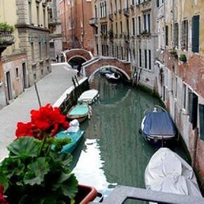 Hostels und Jugendherbergen - Residenza Ca' Dario & Corte Canal