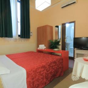 Hostels und Jugendherbergen - Hotel Toscana Firenze