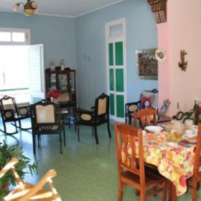 Hostels und Jugendherbergen - Hostal Panorama Familia Linares