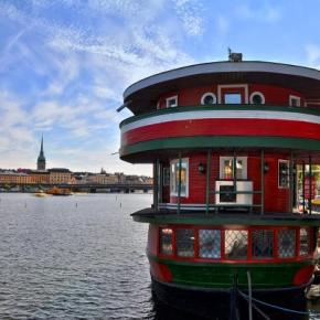 Hostels und Jugendherbergen - The Red Boat