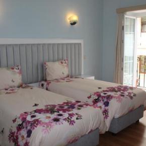 Hostels und Jugendherbergen - Grande Oceano Guest House