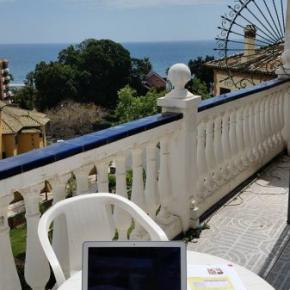 Hostels und Jugendherbergen - Malaga Beach and Center Backpackers