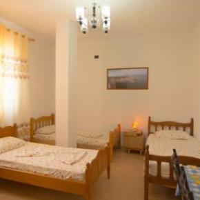 Hostels und Jugendherbergen - Almiri Guest House