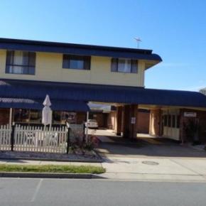 Hostels und Jugendherbergen - Parkway Motel
