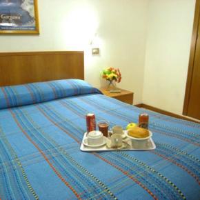 Hostels und Jugendherbergen - Hotel Adelchi