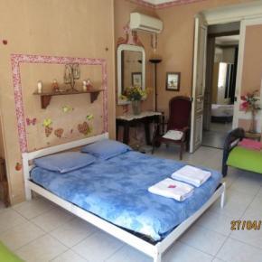 Hostels und Jugendherbergen - Chambres Chez l'Habitant Chez Brigitte.B