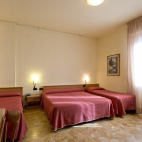 Hostels und Jugendherbergen - Careggi Hotel