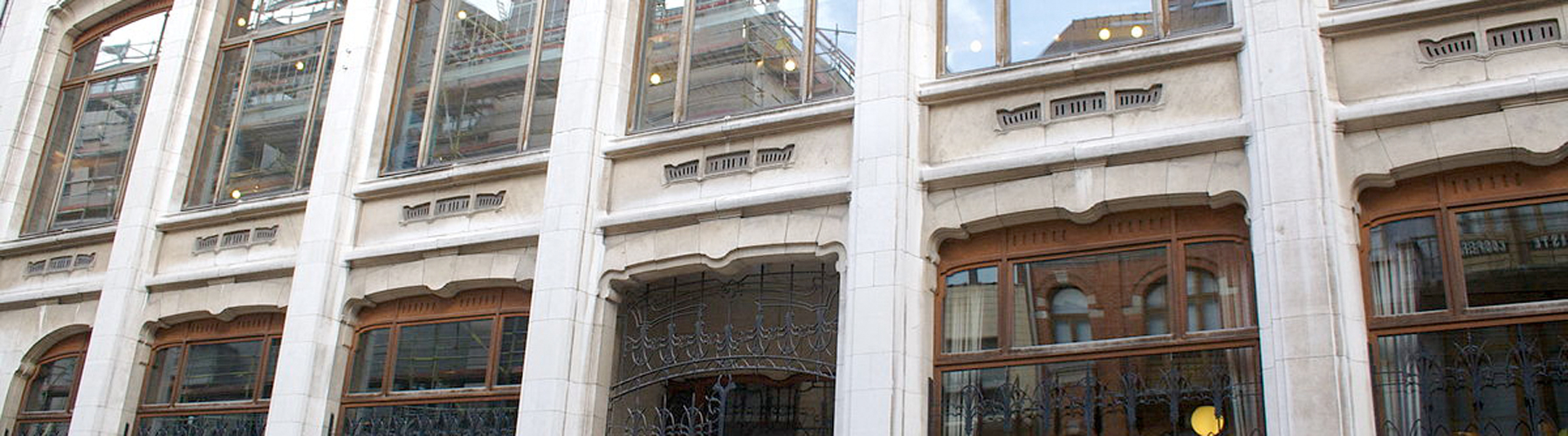 Brüssel – Hostels in der Nähe von Belgisches Comic-Zentrum. Brüssel auf der Karte. Fotos und Bewertungen für jedes Hostel in Brüssel.