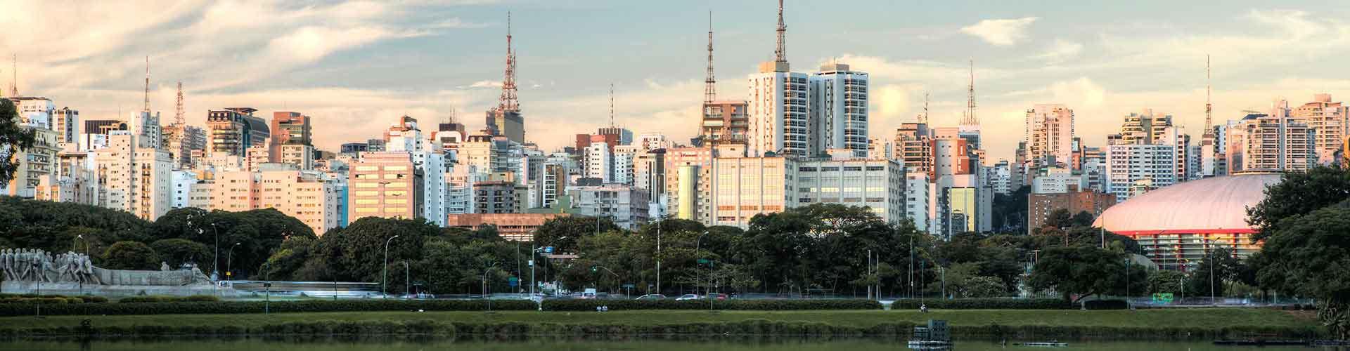 Sao Paulo - Apartments nahe Flughafen São Paulo Congonhas. Sao Paulo auf der Karte. Fotos und Bewertungen für jedes Apartment in Sao Paulo.