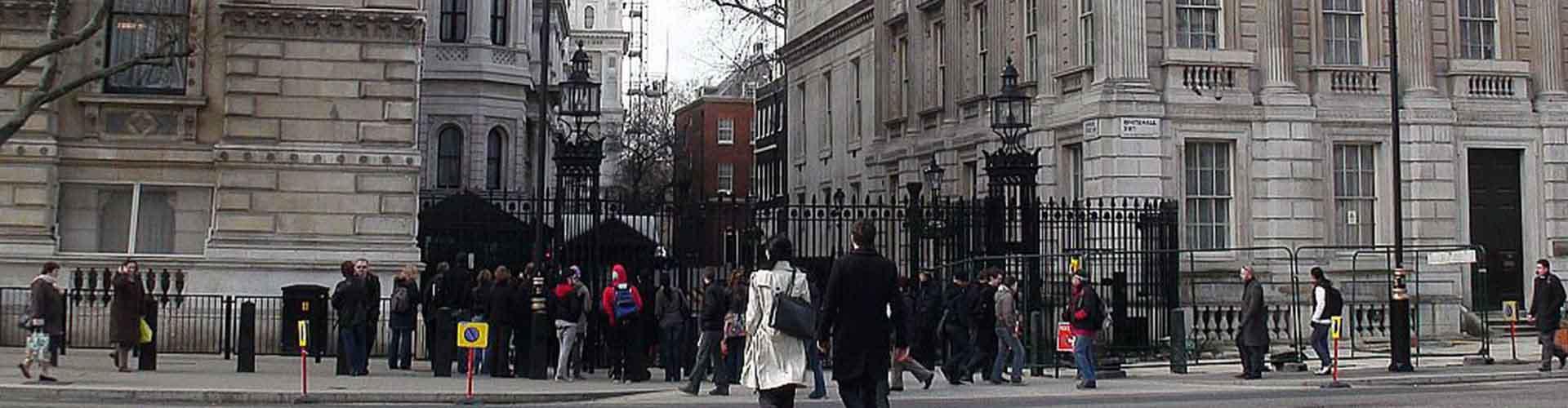 London – Hostels in der Nähe von 10 Downing Street. London auf der Karte. Fotos und Bewertungen für jedes Hostel in London.