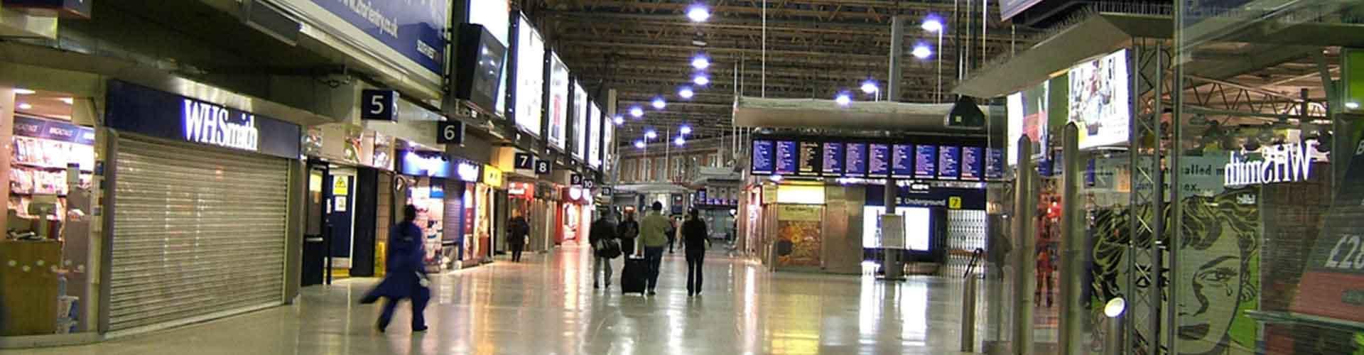 London – Hostels in der Nähe von London Waterloo Station. London auf der Karte. Fotos und Bewertungen für jedes Hostel in London.