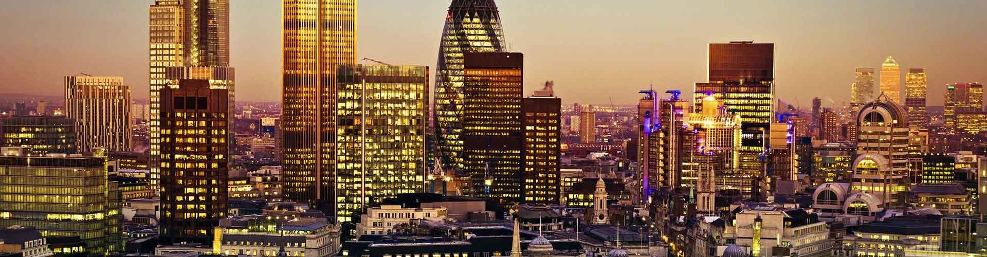 London – Hostels in der Nähe von Tower 42. London auf der Karte. Fotos und Bewertungen für jedes Hostel in London.
