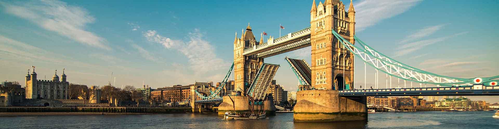 London – Hostels in der Nähe von Tower Bridge. London auf der Karte. Fotos und Bewertungen für jedes Hostel in London.