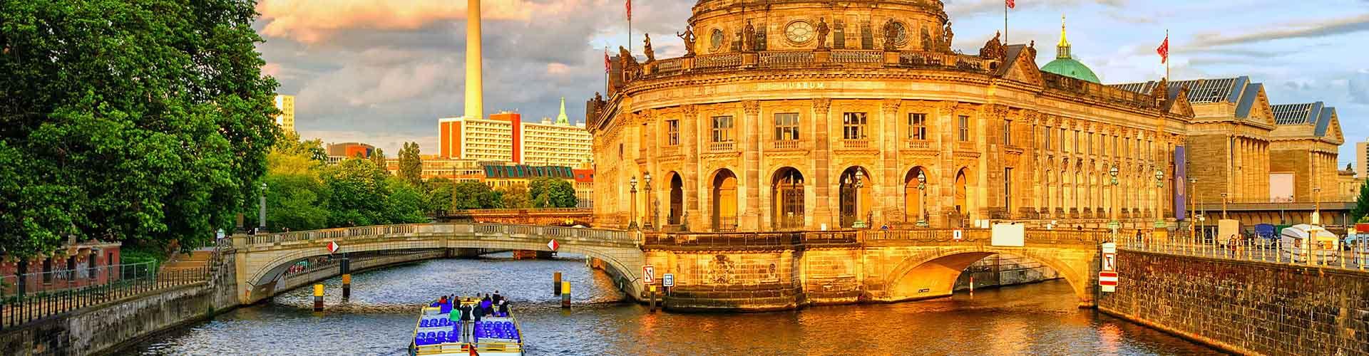Berlin – Hostels in Berlin. Berlin auf der Karte. Fotos und Bewertungen für jedes Hostel in Berlin.