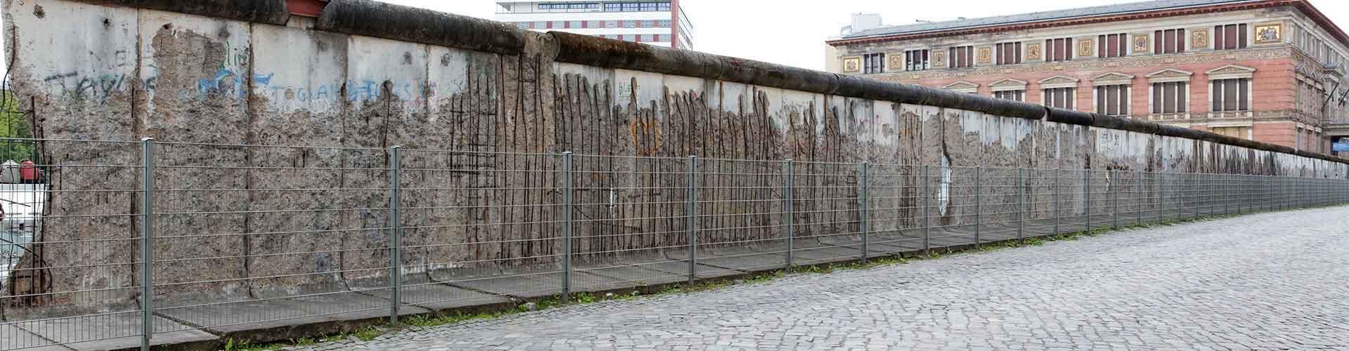 Berlin – Hostels in der Nähe von Berliner Mauer. Berlin auf der Karte. Fotos und Bewertungen für jedes Hostel in Berlin.