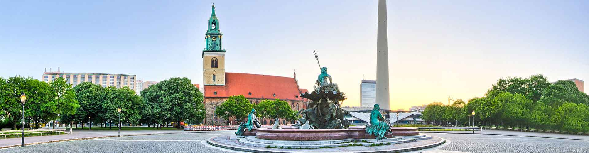 Berlin – Hostels in der Nähe von Fernsehturm. Berlin auf der Karte. Fotos und Bewertungen für jedes Hostel in Berlin.