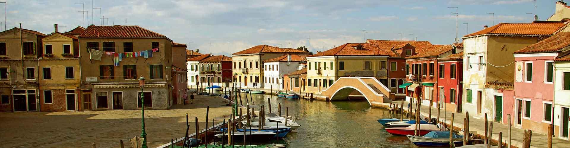 Venedig Mestre - Hostels nahe Flughafen Venedig Marco Polo. Venedig Mestre auf der Karte. Fotos und Bewertungen für jedes Hostel in Venedig Mestre.