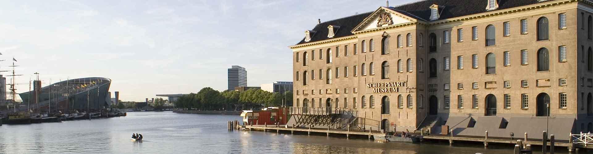 Amsterdam – Hostels in der Nähe von Scheepvaartmuseum. Amsterdam auf der Karte. Fotos und Bewertungen für jedes Hostel in Amsterdam.