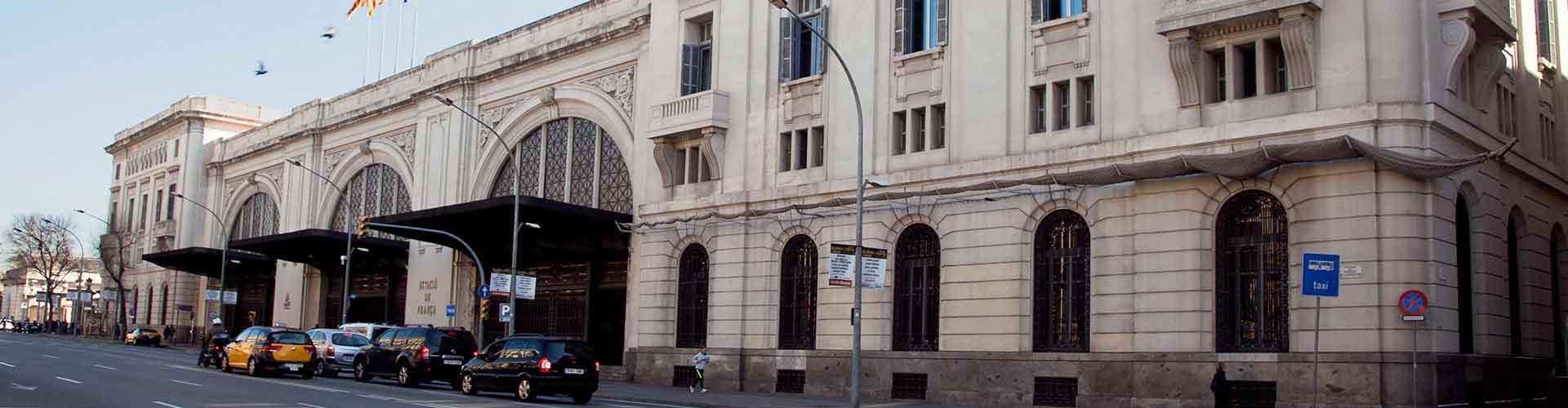 Barcelona - Hostels nahe Bahnhof Estació de França. Barcelona auf der Karte. Fotos und Bewertungen für jedes Hostel in Barcelona.