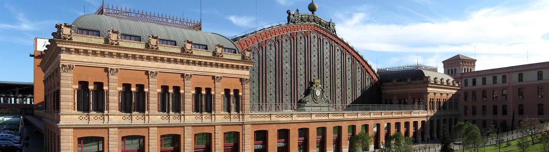 Madrid – Hostels in der Nähe von Bahnhof Atocha. Madrid auf der Karte. Fotos und Bewertungen für jedes Hostel in Madrid.