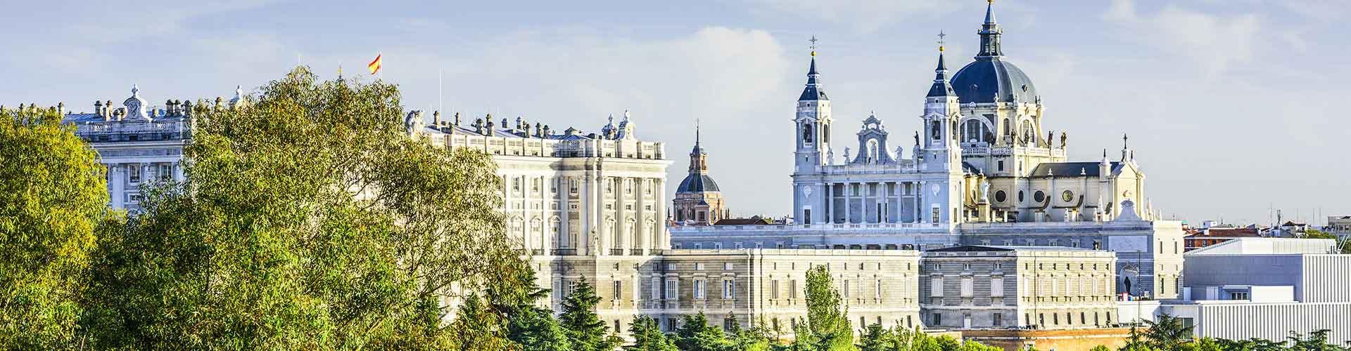 Madrid – Hostels im Stadtteil Palos de Moguer. Madrid auf der Karte. Fotos und Bewertungen für jedes Hostel in Madrid.