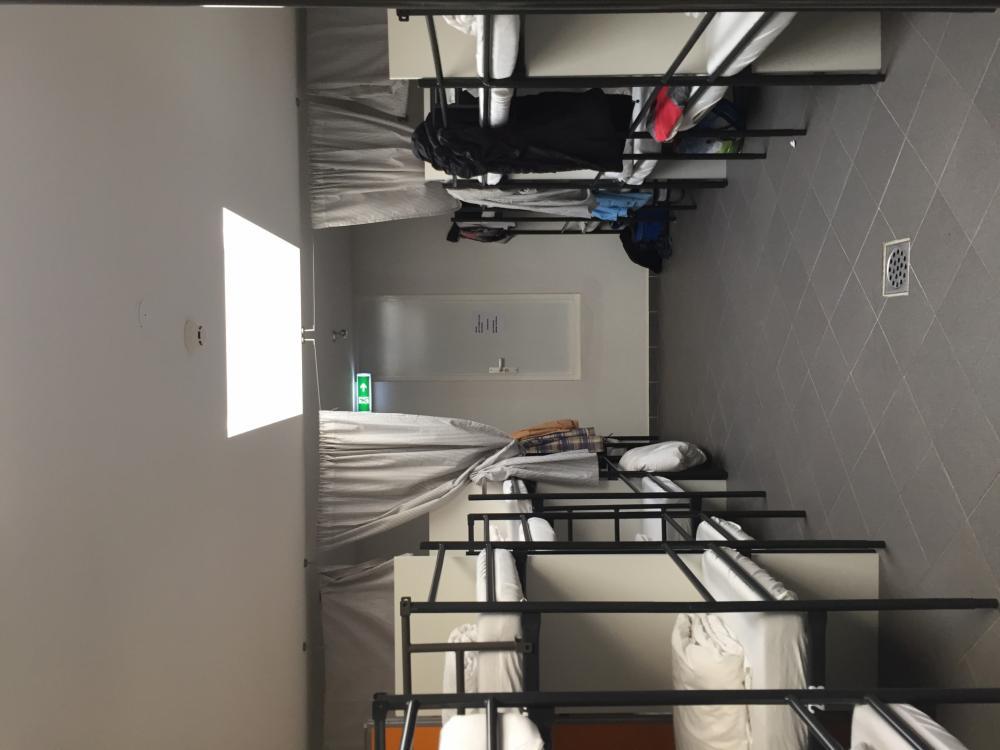 Gemischter Schlafsaal mit 30 Betten