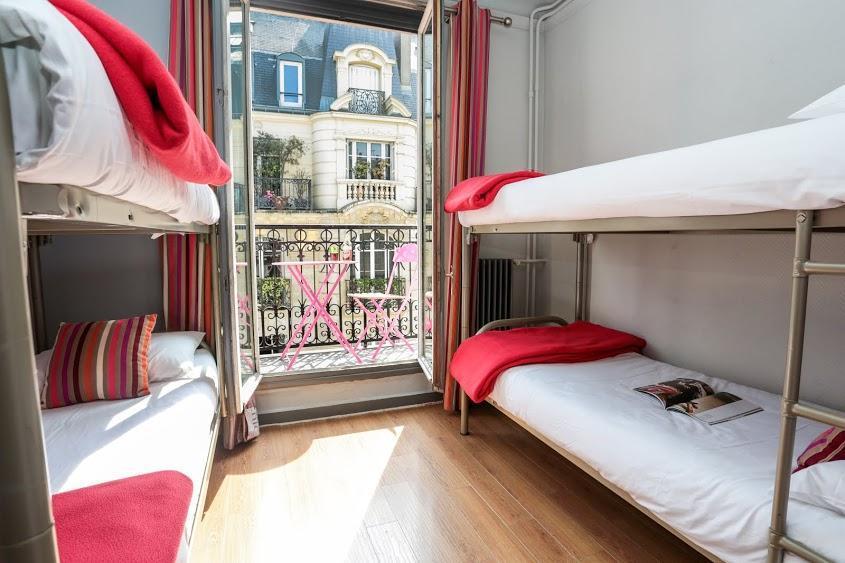 Gemischter Schlafsaal mit vier Betten