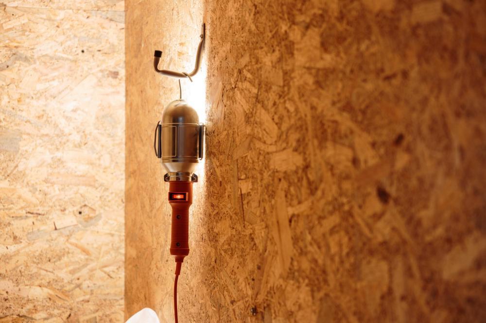 Alle CUBBY HOLES sind ausgestattet mit funky Licht, das in verschiedenen Positionen eingesetzt werden kann.