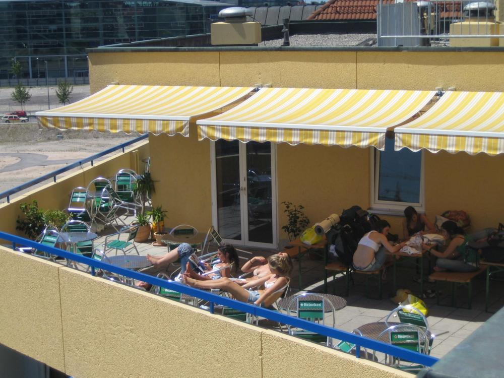 A&O München Laim Hostel Terrasse