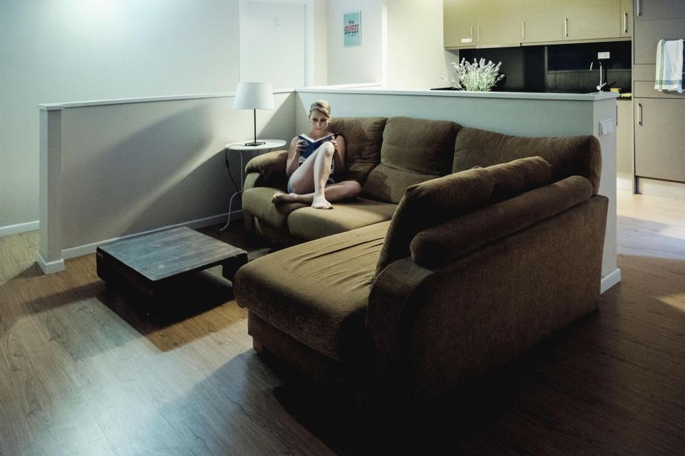 Komfortable Sofas um sich nach einem anstrengenden Tag in Barcelona auszuruhen
