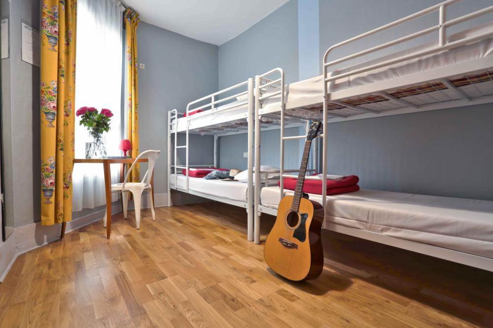 4 Schlafsaal Schlafzimmer