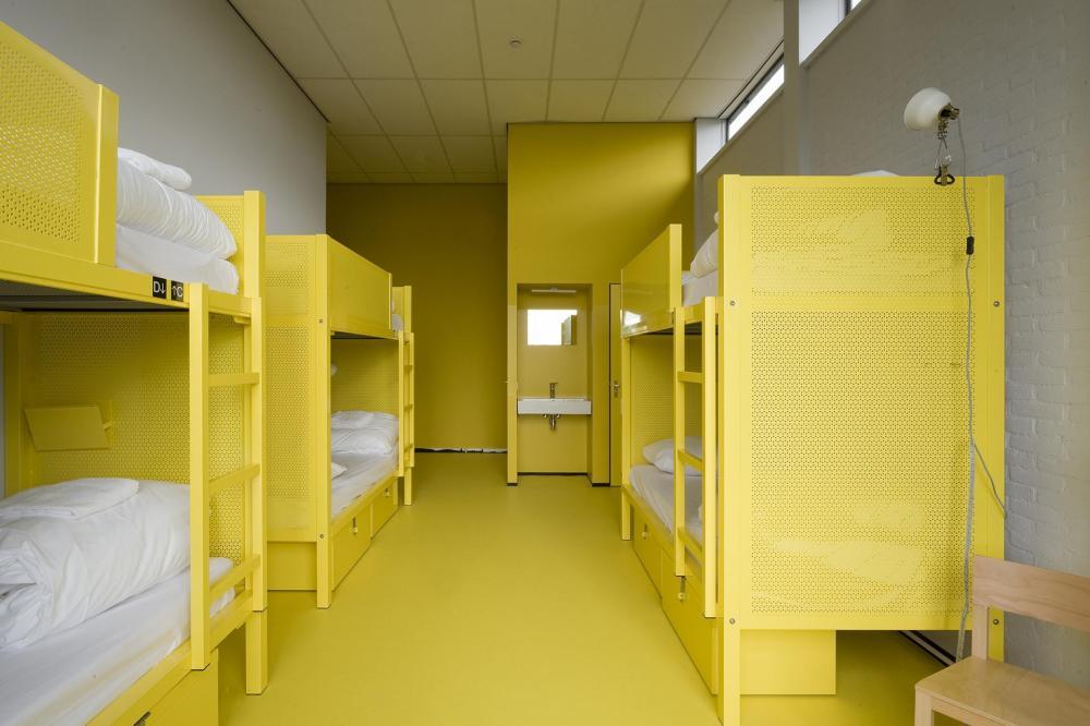 Alle unsere Zimmer haben Etagenbetten. Wir haben Schlafsäle mit 2, 4, 5, 6, 8 und 12 Betten