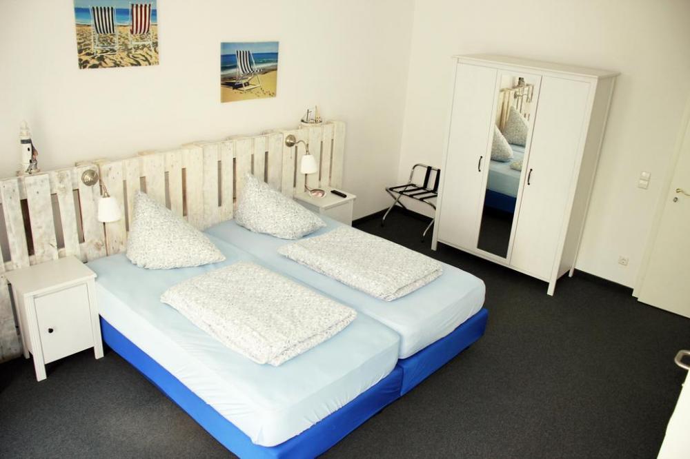 Zweibett- oder Doppelzimmer