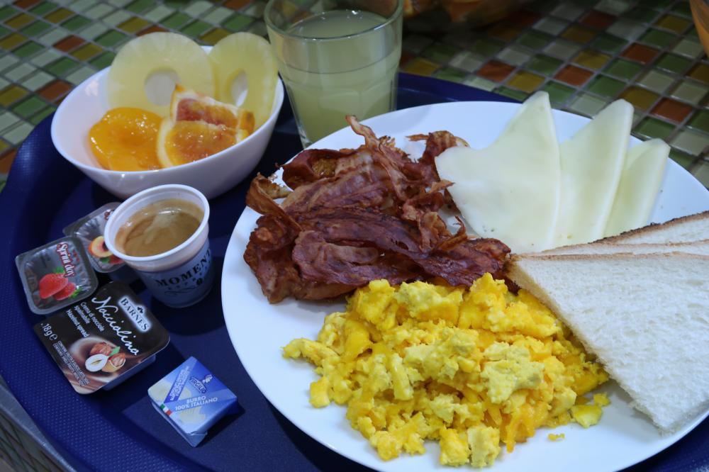 Frühstück von 8:00 Uhr bis 11:00 Uhr