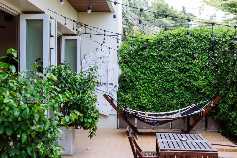 siamaze hostel. Black Bedroom Furniture Sets. Home Design Ideas