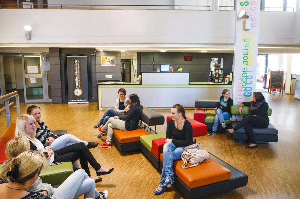 HI Munich Park Hostel Rezeption