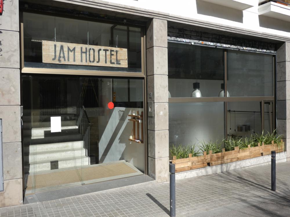 JAM Hosteleingang