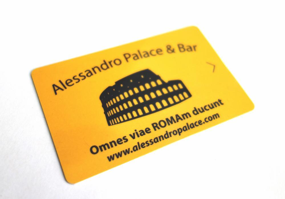 Keycard-Zugang (2 € Kaution erforderlich - wird beim Check-out erstattet, wenn die Karte zurückgegeben wird)