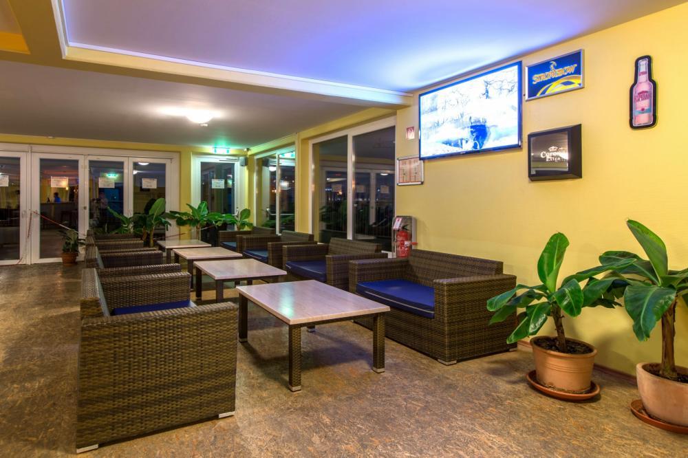 Die moderne Lobby unserer Hostels