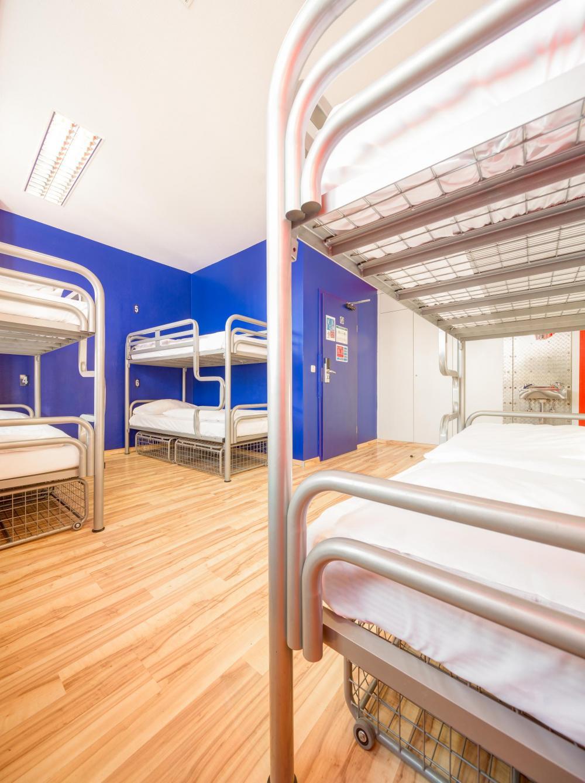 Einige Betten haben kein eigenes Schließfach