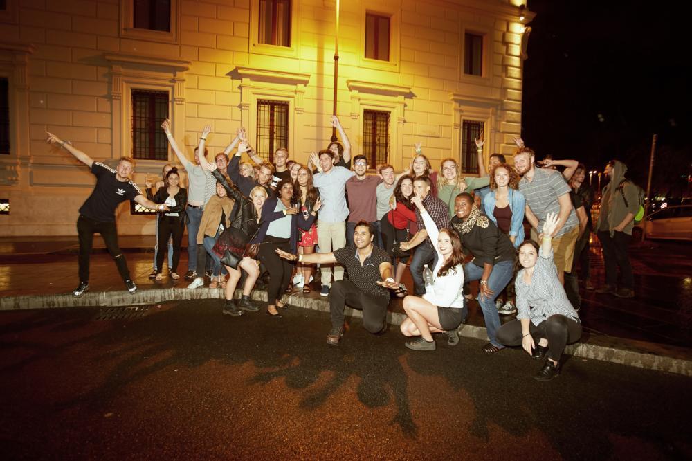 Partyabend (25 € => 20 € frühzeitige Reservierung an der Rezeption)