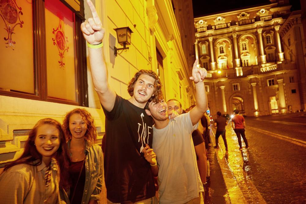 Partyabend (25 € => 20 € frühzeitige Buchung an der Rezeption)