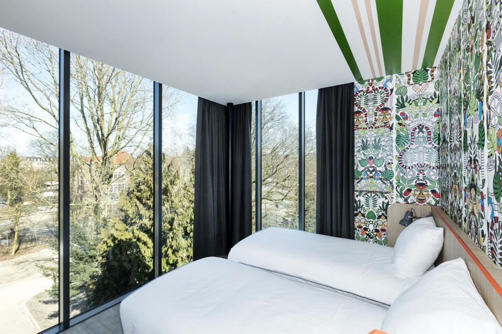 Unsere Premiumzimmer besitzen die Möglichkeit zum späten Check-Out und kleinen Luxusausstattungen.