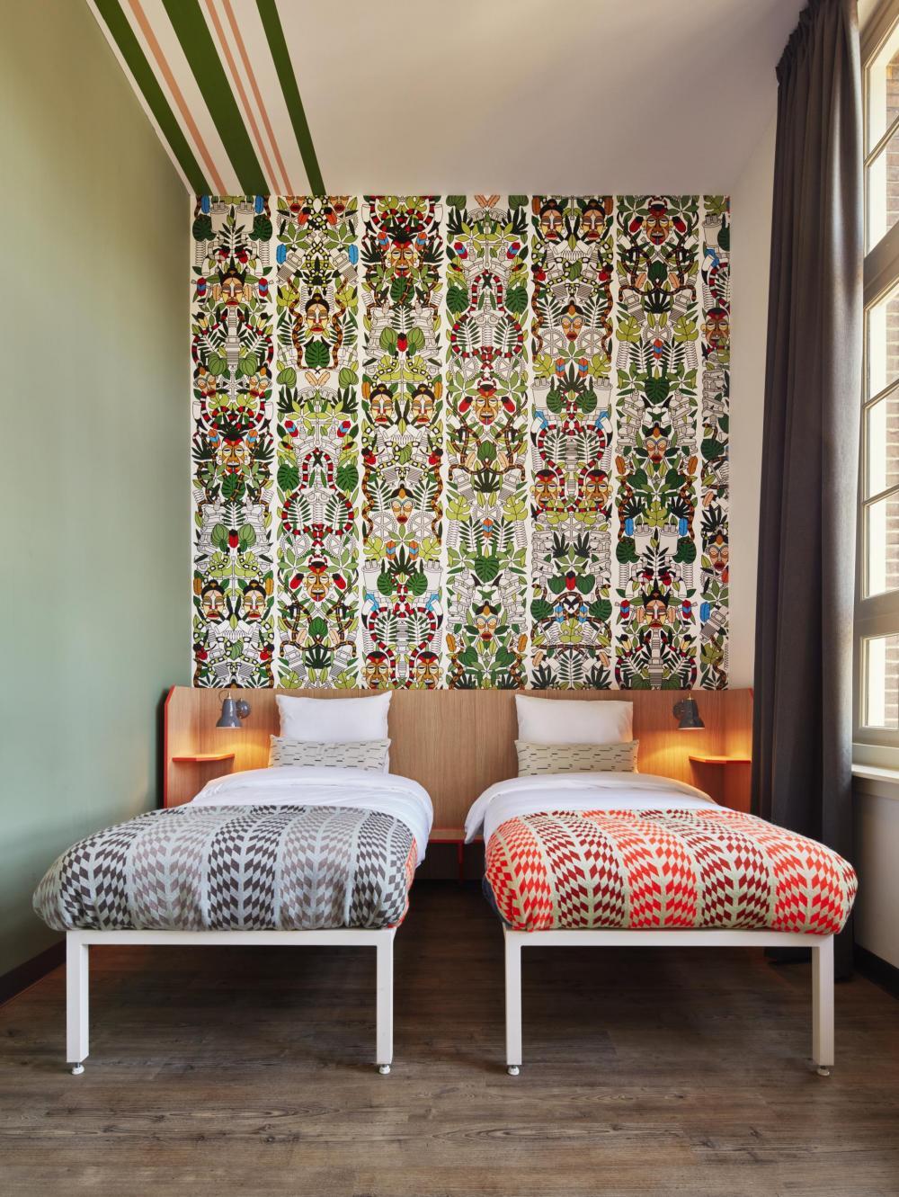 Genieße deine Privatsphäre in unseren schicken und geräumigen Doppelzimmern