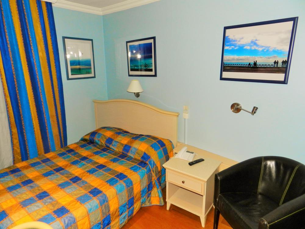 Privatzimmer, W-lan kostenlos, TV sowie Bad mit Dusche