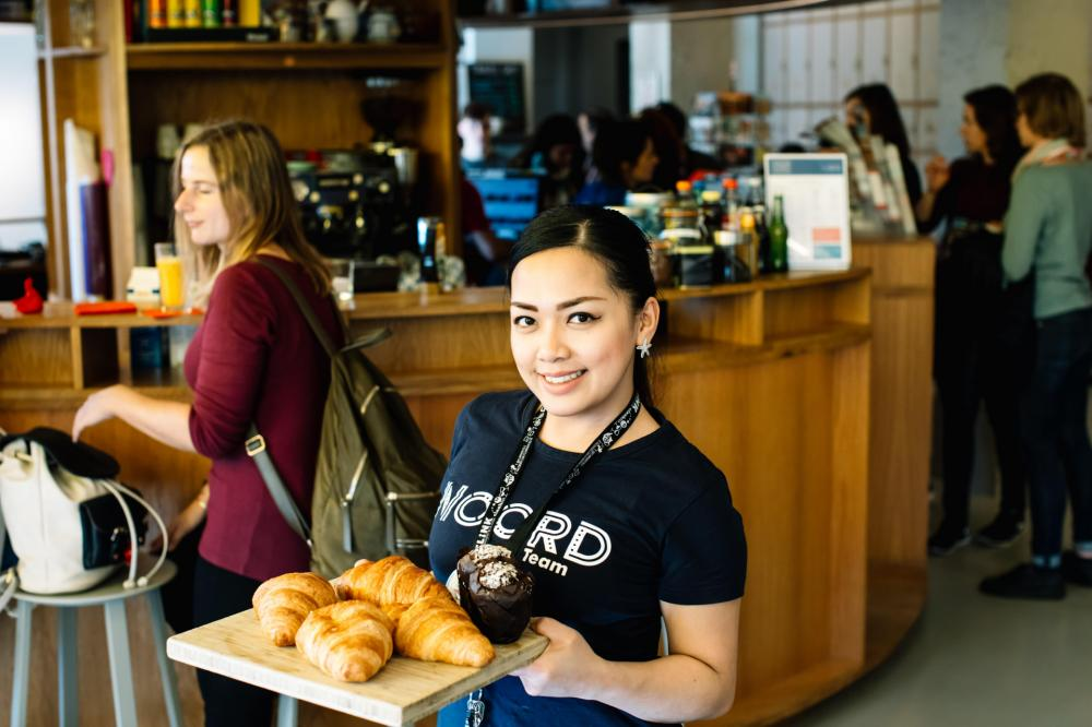 Holen Sie sich einen guten Snack in unserem Cafe
