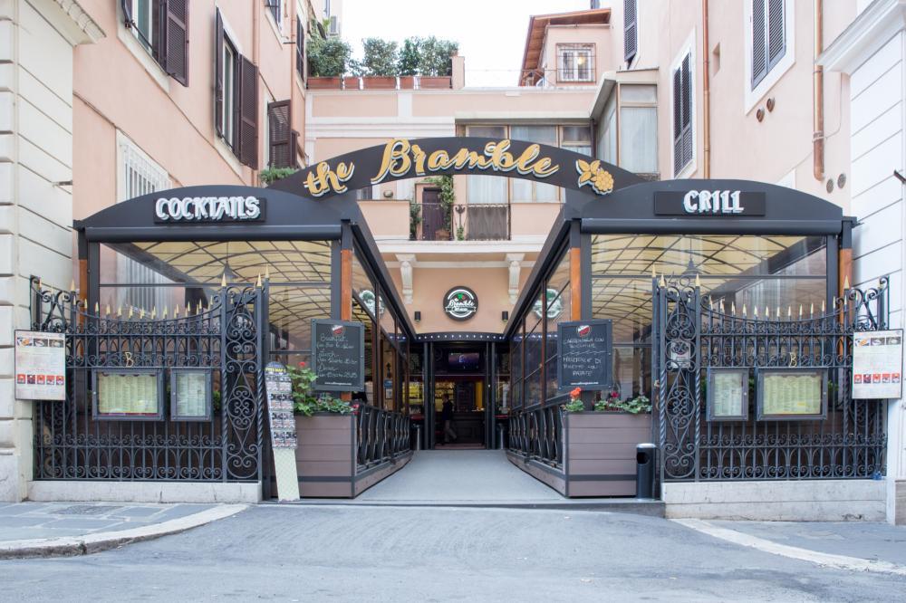 Nebenan: Ein Restaurant der Hostels Alessandro Gruppe