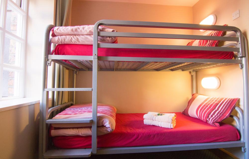 Zweibettzimmer Ensuite - Etagenbetten