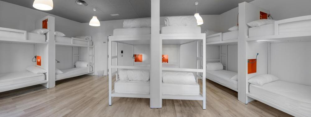 Schlafsaal 12 Betten